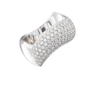 Anello Sensual Touch medio in oro bianco e diamanti pavé2